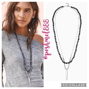 :: Stella & Dot⚔️🌚Rayna Pendant Necklace